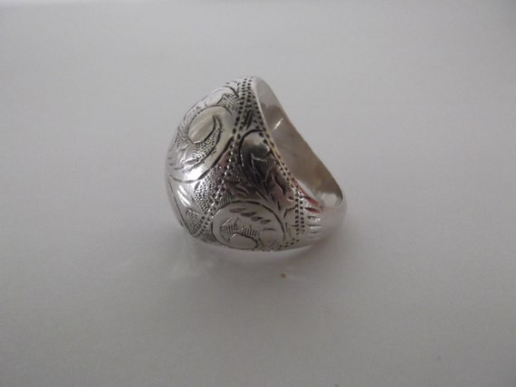 Vintage Sterling Silver Mid Century Siam Intaglio Domed Ring Size 5.5