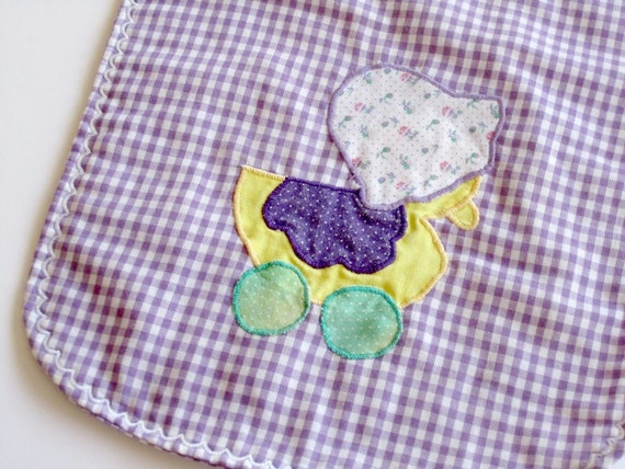 RESERVE. RESERVE. RESERVE. vintage baby bib with duck applique