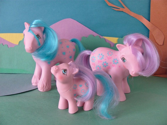 Bright Bouquet Family - COMPLETE - baby, mommy, and daddy RARE vintage My Little Pony