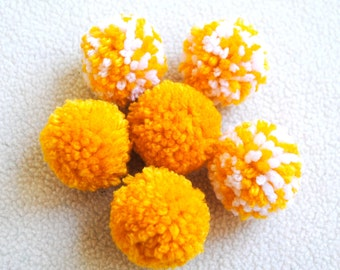 Catnip Pom Pom Cat Toys - Set of Six (Yellow and White)