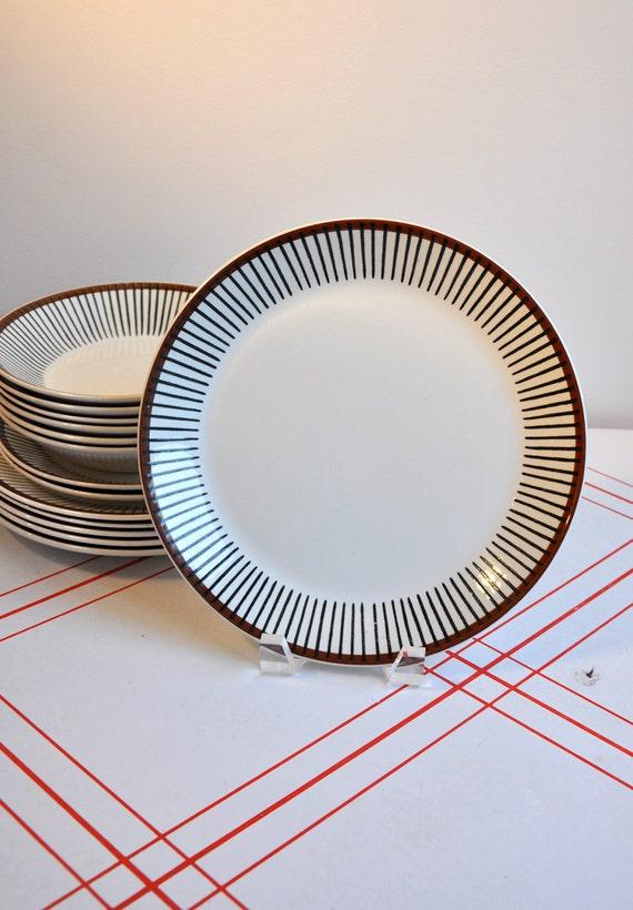 """RESERVED FOR DESTIJL - Spisa Ribb 10"""" Plates by Stig Lindberg - Set of 2"""