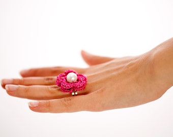 Hand crochet ring Pink rose with a pearl
