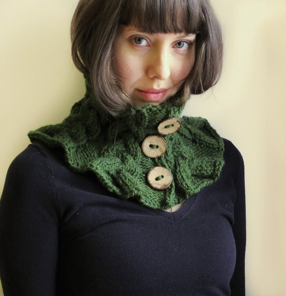 Knitted collar/ Hand knitted Wool Neckwarmer/  Olive Green