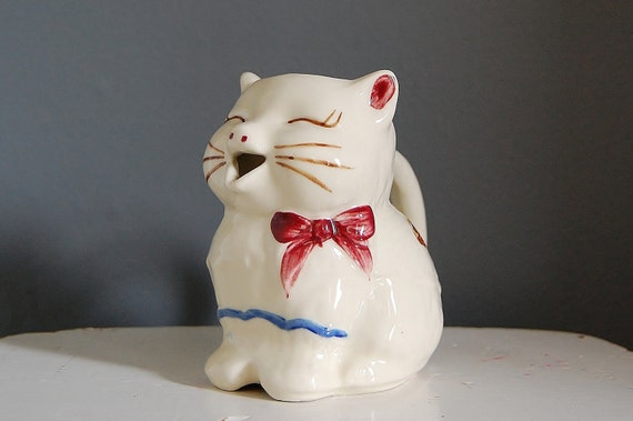 Shawnee Cat Creamer Vintage Kitty Anthropomorphic Kitchen Ware
