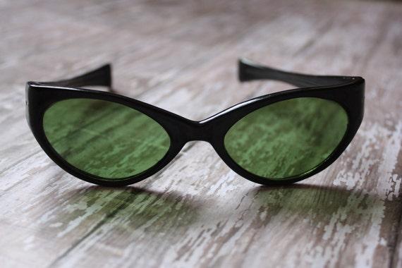 1950's Vintage Black Rockabilly Cat Eye Eyeglasses Sunglasses Made in Italy