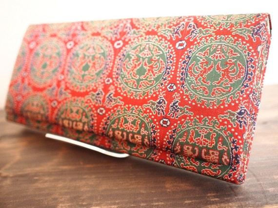 SALE! was 30 dollars - Japanese vintage kimono/Obi fabric red silk clutch bag - Kyoto