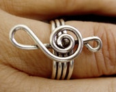 Ring - The Treble clef  - Silver plated Wire