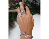 Bracelet - Braid & Flowers- Silverplated wire