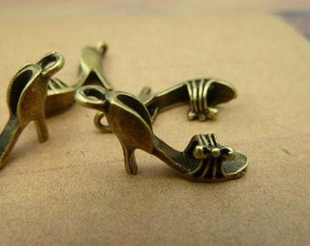 30pcs 5x12x20mm The High-heeled Shoes   Antique Bronze Retro Pendant  Charm For Jewelry Pendants C2501