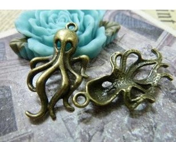 20pcs 18x33mm The octopus  Antique Bronze  Charm Pendant