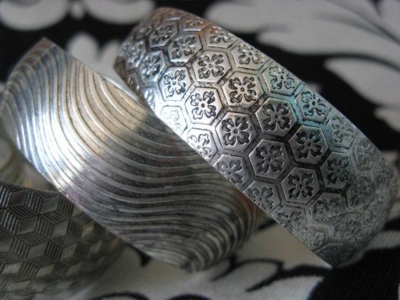 """Retro 1"""" Silver Bangles ./ Silver floral . silver geometric ./"""