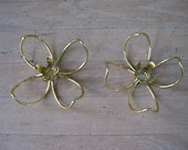 Candle Holders - Set of Two Retro Gold-Plated Daisies