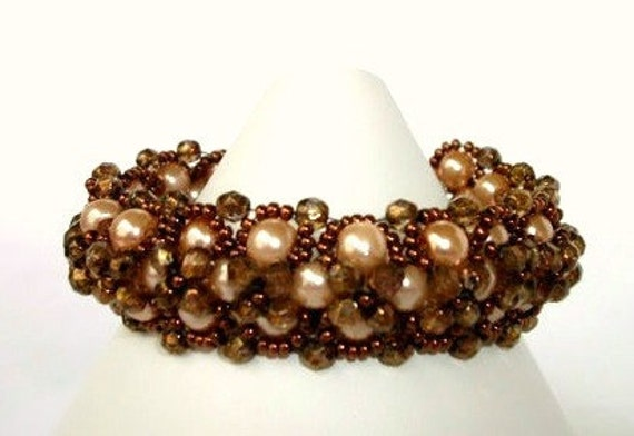 Beadwoven Glass Pearl Bracelet In Copper Tones