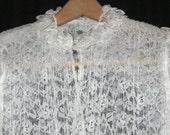 Vintage White Lace Caplet Jacket