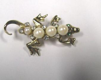 Vintage Faux Pearl Rhinestone Lizzard Brooch, Lizzard Lapel Pin, Reptile Brooch