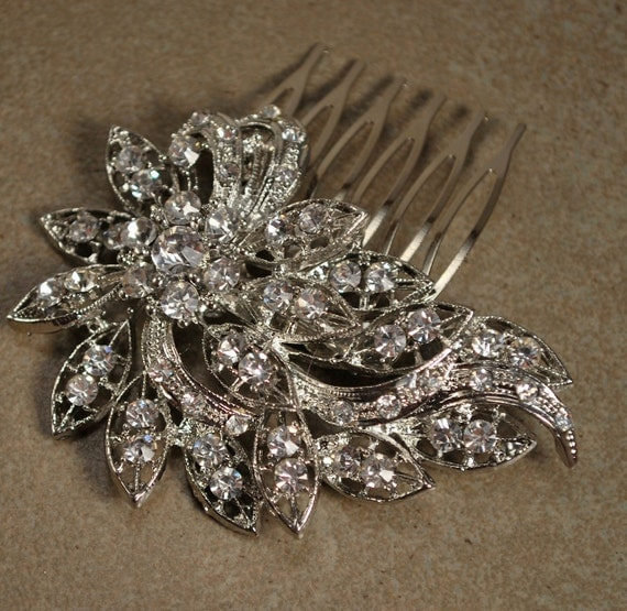 Crystal Hair Clip, Rhinestone Bridal Hair comb Vintage Hair Brooch Wedding Jewel Comb Classic Wedding Hair Accessories - Ready to Ship