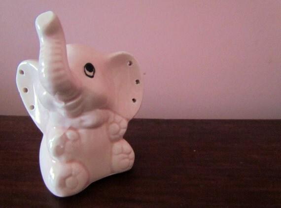 1960s/1970s Pink Elephant Jewlery Holder