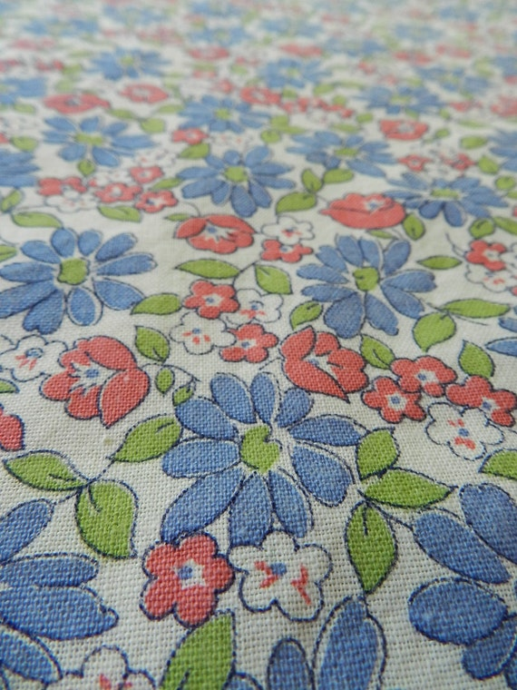 Pretty Vintage periwinkle blue ivory pink and green floral cotton feedsack fabric