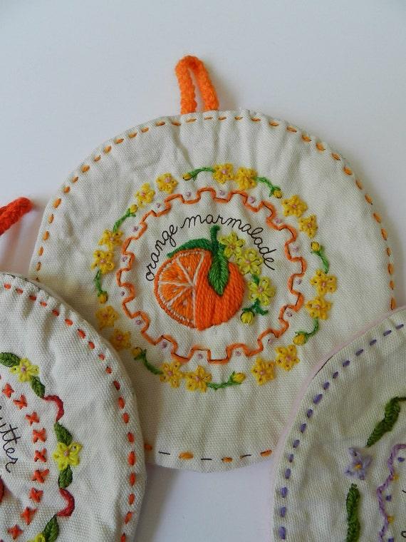Retro Fruit Preserves Fruit Jam Handmade Crewel Embroidery Round Hotpads Potholders Set of 4