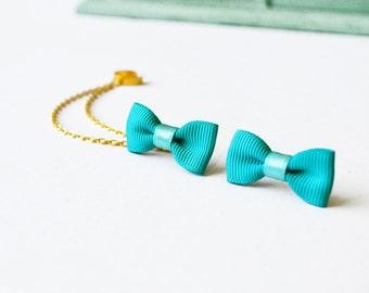 Aquamarine Bow Gold Double Chain Ear Cuff
