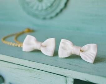 Cream Bow Gold Double Chain Ear Cuff Earrings (Pair)
