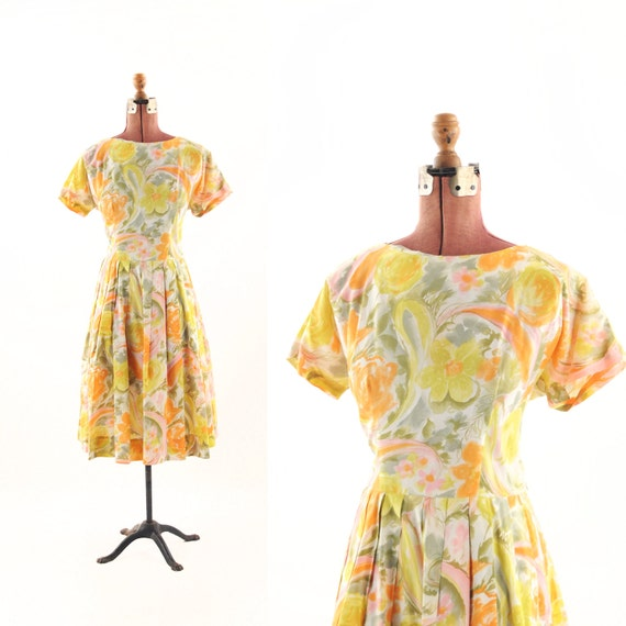 Vintage 1950's Watercolor Spring Flower Floral Pleated Flair Dress XL