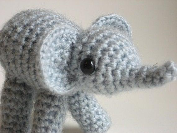 Amigurumi Zoo Animals : Amigurumi baby elephant adorable crochet little zoo animal