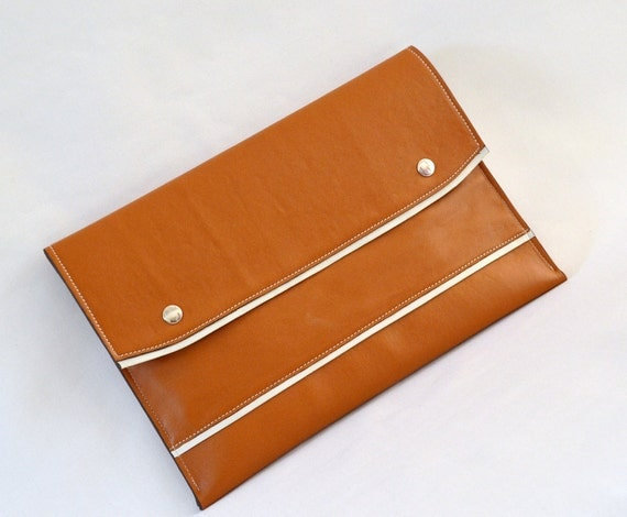 """Mother's Day & ANNIVERSARY SALE - 13"""" MacBook  Sleeve 13S-WBWZ -- Vegan Leather"""