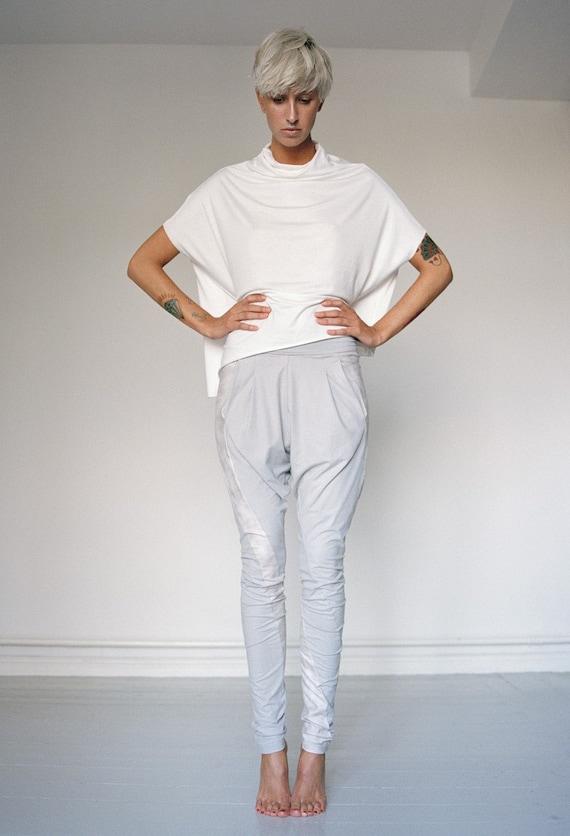 SALE % Light grey faux leather baggy leggings size S