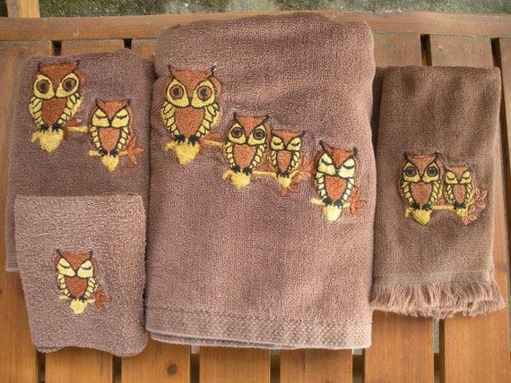 Vintage 5 Piece Brown Bath Towel Set With Owls