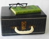 Vintage Wooden Case Blue Ivory Lucite Handle