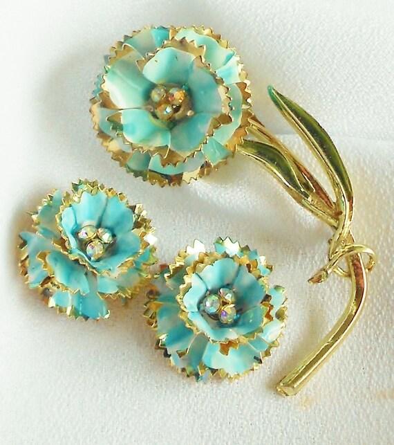 Aqua Summer Enamel Flower Jewelry Pin Up Retro Glam