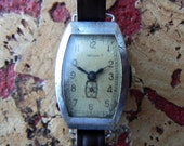 Vintage womens mechanical watch from Russia Soviet Union / Zvezda
