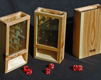 Game Dice Tower - Solid Figured Maple w/ 5 dice