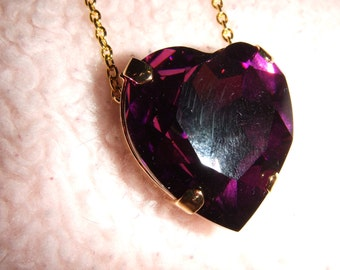 The Royal Queen - Swarovski Purple Crystal Heart Necklace in Gold Setting