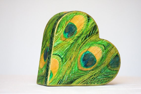 Love Box, Wedding Peacock Box, Heart Shape, Gift for her, Wooden Trinket Box, Emerald Green and Gold