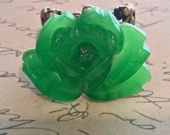 Green Vintage Flower Ring Authentic Vintage Cabochon Adjustable High Quality Bronze Filigree Womens Ring