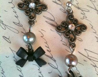 Jewelry, Earrings, Gunmetal Gray, Pearl Earrings, Black Bow Earrings, Earrings for Women, Vintage Earrings, Steampunk Earrings