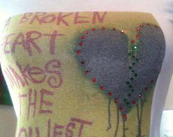 Women's Fashion T-Shirts Word Art by Nay Arts of Las Vegas Broken Heart - Fashion Art  tees for girls