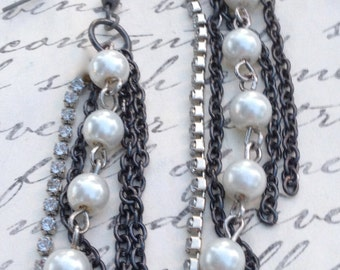 Jewelry Earrings Metal Chain with Pearls and Swarovski Crystal Chain