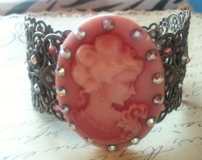 Jewelry Bracelet Bangle Adjustable Pink Lady Cameo Bangle