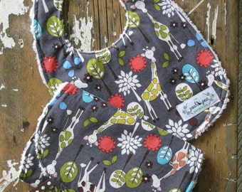 Chenille Baby Bib & Burp Set - Gender Neutral Grey - Giraffe Garden