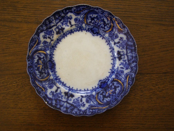 """Antique flow blue Wood & son """"Lakewood"""" gold accent early 1900s 8"""" Plate"""
