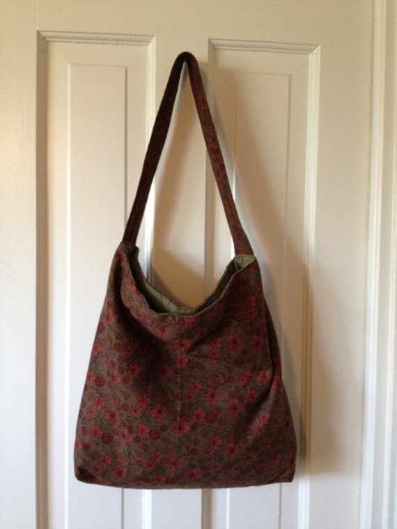 Slouch Bag in Floral Print