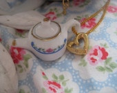 I Carry My Teapot With Me necklace