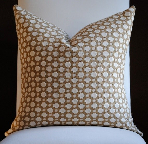 Beautiful Decorative Bed Pillows : Beautiful Decorative Pillow