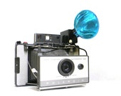 Polaroid vintage Land Camera - Model 103 with flash extra bulbs and case
