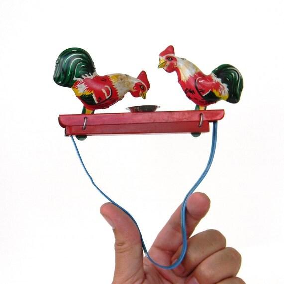 vintage Tin Litho - Chickens Feeding moving toy