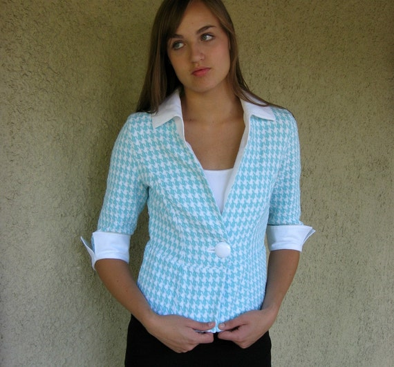 Sample Sale Womens Jacket with white linen collar