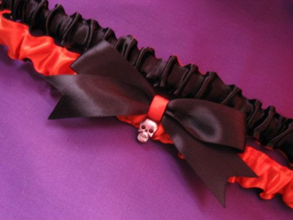 Black and Orange Skull Leg Garter, Halloween Garter, Punk Garter, Orange and Black with Skull,Horror Garter